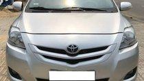 Cần bán Toyota Vios AT năm sản xuất 2009, màu bạc