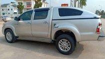 Bán xe Toyota Hilux đời 2013, màu bạc, nhập khẩu
