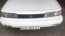 Gia đình bán Toyota Camry đời 1990, màu trắng, xe nhập