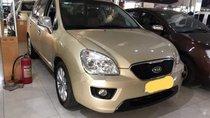 Cần bán xe Kia Carens sản xuất 2014, màu vàng như mới