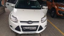 Cần bán lại xe Ford Focus sản xuất 2014, màu trắng