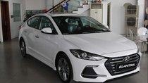 Cần bán xe Hyundai Elantra 2019, màu trắng, giá tốt