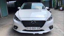 Bán Mazda 3 năm sản xuất 2016, màu trắng, nhập khẩu