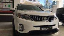 Cần bán xe Kia Sorento năm 2019, màu trắng