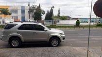 Cần bán lại xe Toyota Fortuner sản xuất năm 2015, màu bạc số sàn