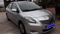 Cần bán lại xe Toyota Vios E năm sản xuất 2013, màu bạc đẹp như mới