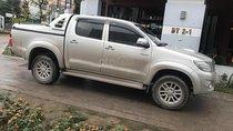 Bán Toyota Hilux E đời 2013, màu bạc, nhập khẩu nguyên chiếc chính chủ, giá chỉ 450 triệu