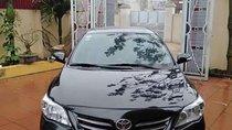 Cần bán gấp Toyota Corolla Altis đời 2011, màu đen chính chủ, giá tốt
