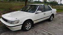 Cần bán lại xe Nissan Bluebird năm 1987, màu trắng, nhập khẩu xe gia đình, 45tr