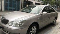 Bán Toyota Camry 2.4 2004, màu bạc như mới, 368 triệu