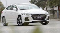 Cần bán Hyundai Elantra 2.0 AT ĐB trắng, xe có sẵn giao trong ngày