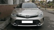 Bán Toyota Camry 2.0E sản xuất năm 2015, màu vàng