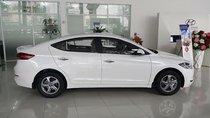 Bán ô tô Hyundai Elantra 1.6 MT sản xuất năm 2018, màu trắng giá cạnh tranh