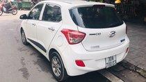 Cần bán xe Hyundai Grand i10 năm 2015, màu trắng, nhập khẩu