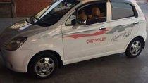 Cần bán lại xe Chevrolet Spark năm sản xuất 2009, màu trắng, giá chỉ 125 triệu