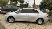 Cần bán xe Toyota Vios E đời 2010, màu bạc chính chủ