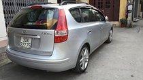 Cần bán gấp Hyundai i30 CW 1.6 AT sản xuất 2009, màu bạc, xe nhập đã đi 67500 km, giá tốt