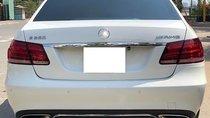 Cần bán gấp Mercedes E200 đời 2014, màu trắng