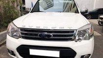 Bán xe Ford Everesrt sản xuất năm 2014, đi mới 57.000km số tự động, máy dầu, màu trắng/kem