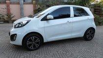 Bán xe Kia Morning màu trắng, sản xuất năm 2013, sử dụng và bảo quản rất cẩn thận nên xe rất mới
