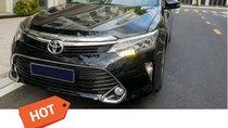 Bán Toyota Camry 2.5Q SX 2018, đã đi 10000km, xe chính chủ