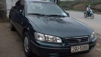 Cần bán Toyota Camry năm 2000, 235 triệu