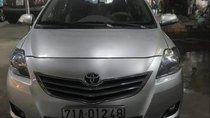 Bán Toyota Vios E năm 2013, màu bạc xe gia đình, giá 345 triệu