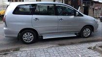 Cần bán Toyota Innova G đời 2010, màu bạc