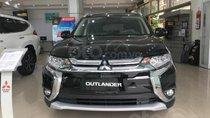 Cần bán Mitsubishi Outlander đời 2019, màu đen, giá tốt, NHLST
