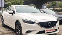 Bán Mazda 6 2.0 Prenium sản xuất năm 2017, màu trắng giá cạnh tranh