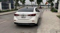 Bán Mazda 3 1.5 đời 2016, màu trắng chính chủ