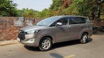Cần bán gấp Toyota Innova đời 2017, xe gia đình