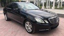 Cần bán xe Mercedes E250 sản xuất năm 2011, màu đen