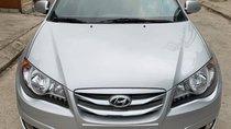 Cần bán xe Hyundai Avante 1.6l sản xuất 2015, màu bạc