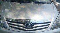Cần bán Toyota Innova năm 2009, màu bạc
