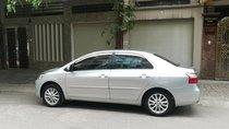 Cần bán xe Toyota Vios G 2011, màu bạc