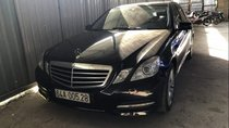 Cần bán Mercedes E250 đời 2012, màu đen, xe nhập