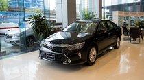 Mẫu sedan đầu phân khúc Toyota Camry giá bao nhiêu khi 'full' phụ kiện?