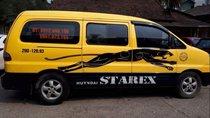 Xe Hyundai Grand Starex MT sản xuất năm 2004, màu vàng