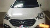 Cần bán gấp Hyundai Santa Fe đời 2016, màu trắng