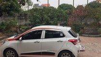 Bán Hyundai Grand i10 1.2AT đời 2016, màu trắng xe gia đình, giá 390tr