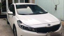 Bán Kia Cerato 2016, màu trắng ít sử dụng