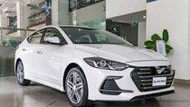 Cần bán Hyundai Elantra đời 2019, màu trắng, giá chỉ 540 triệu