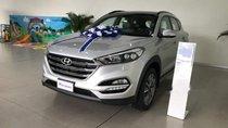 Bán ô tô Hyundai Tucson sản xuất năm 2019, màu bạc, giá tốt