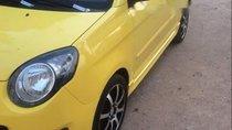 Cần bán Kia Morning đời 2010, màu vàng, giá chỉ 240 triệu
