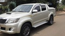 Bán xe Toyota Hilux sản xuất 2011, màu bạc, nhập khẩu nguyên chiếc, giá chỉ 445 triệu