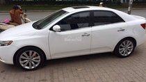Cần bán Kia Forte 2011, màu trắng, giá chỉ 390 triệu