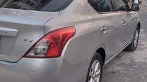 Cần bán xe Nissan Sunny năm sản xuất 2013, màu bạc xe gia đình sử dụng còn quá đẹp
