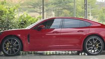 Cần bán lại xe Porsche Panamera đăng ký 2017, màu đỏ nhập
