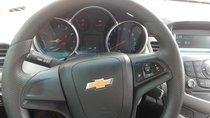 Bán Chevrolet Cruze 1.6LT sản xuất 2015, màu đen, giá tốt